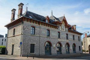 Tourisme patrimoine ville de laval - Office du tourisme lavaur ...